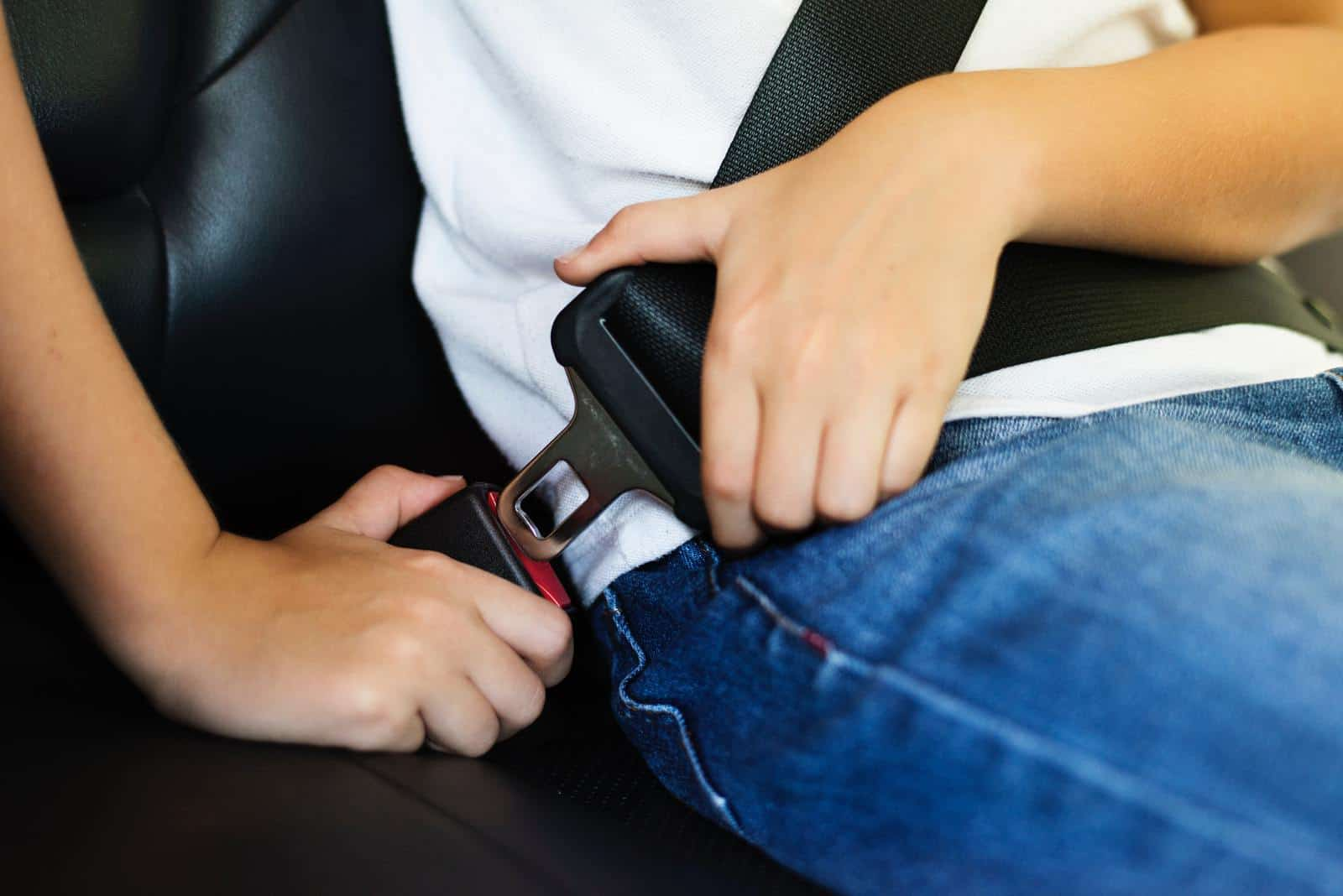 כללי אצבע בבחירת אמצעי בטיחות לרכב