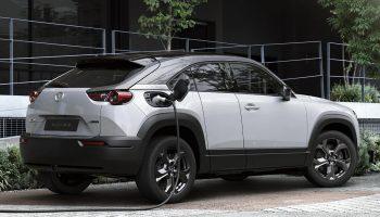 רכב חשמלי ראשון למאזדה MX-30